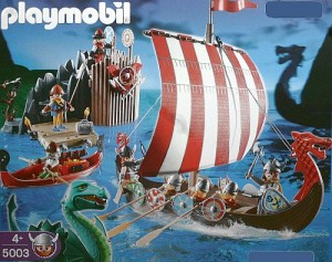 Playmobil-Wikingerschiff (Verpackungskarton, Artikelnr. unkenntlich gemacht)